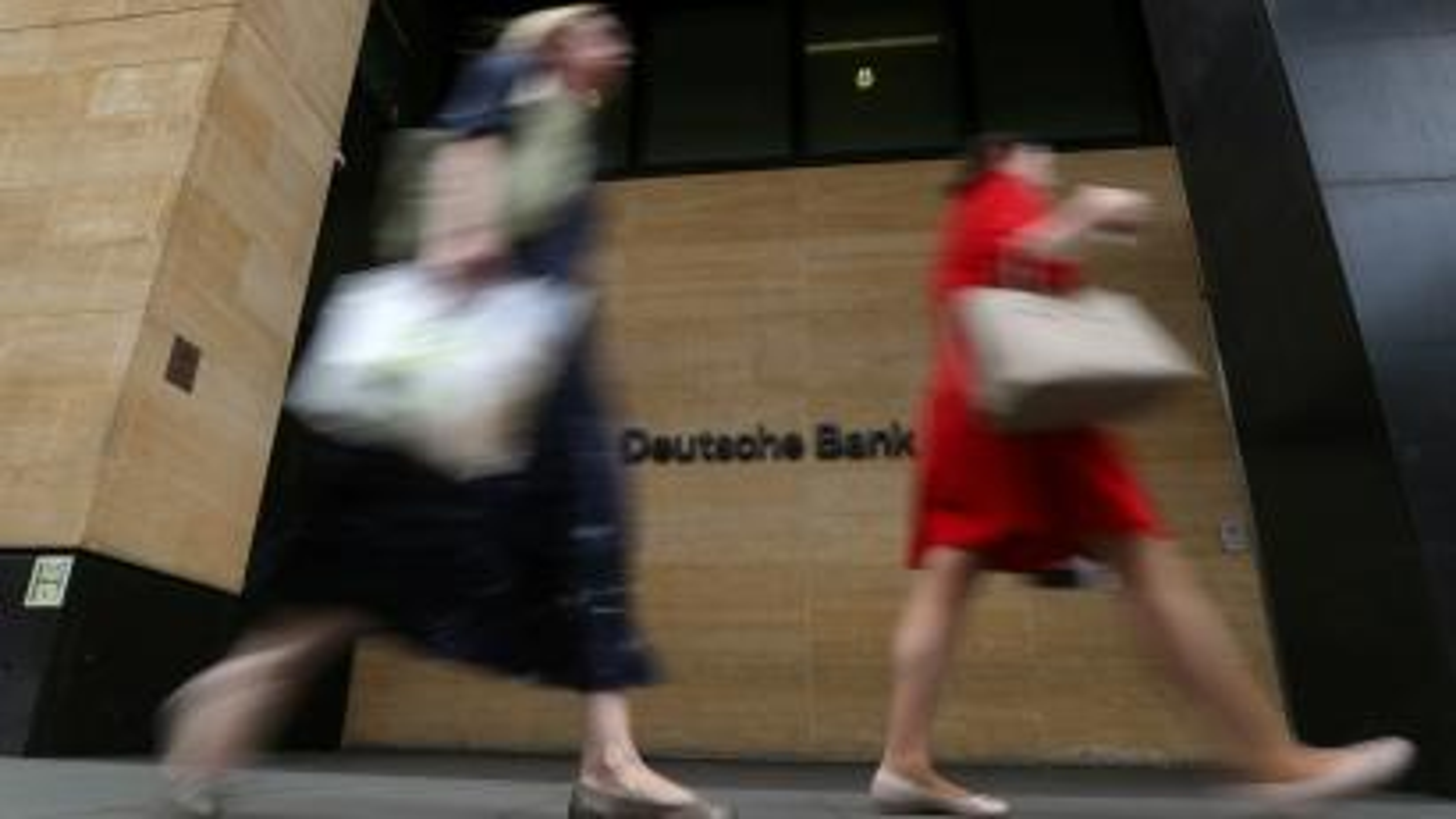 Deutsche Bank shares sink as investors assess huge restructuring