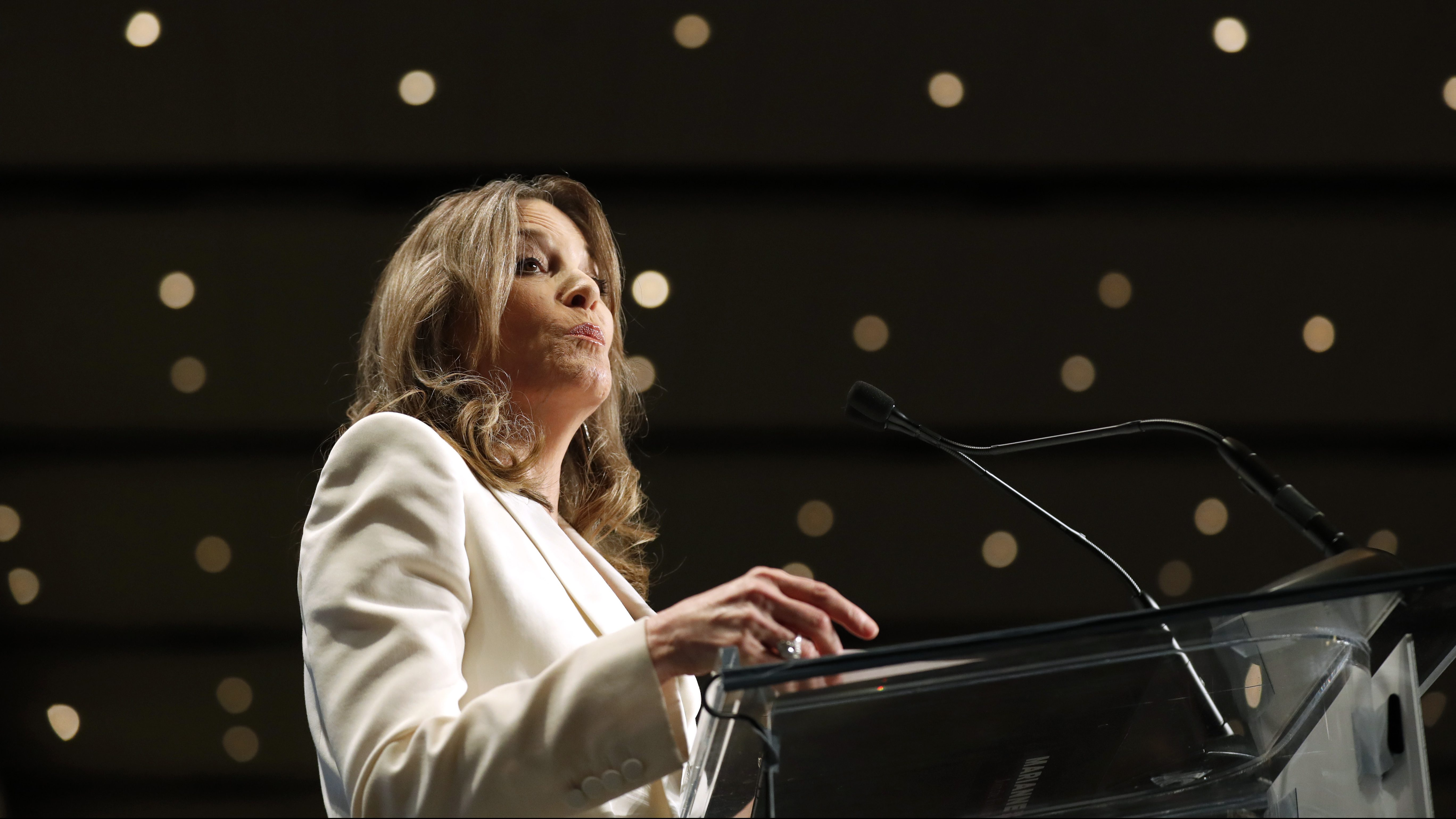 Democratic presidential candidate Marianne Williamson speaks during the Iowa Democratic Party's Hall of Fame Celebration