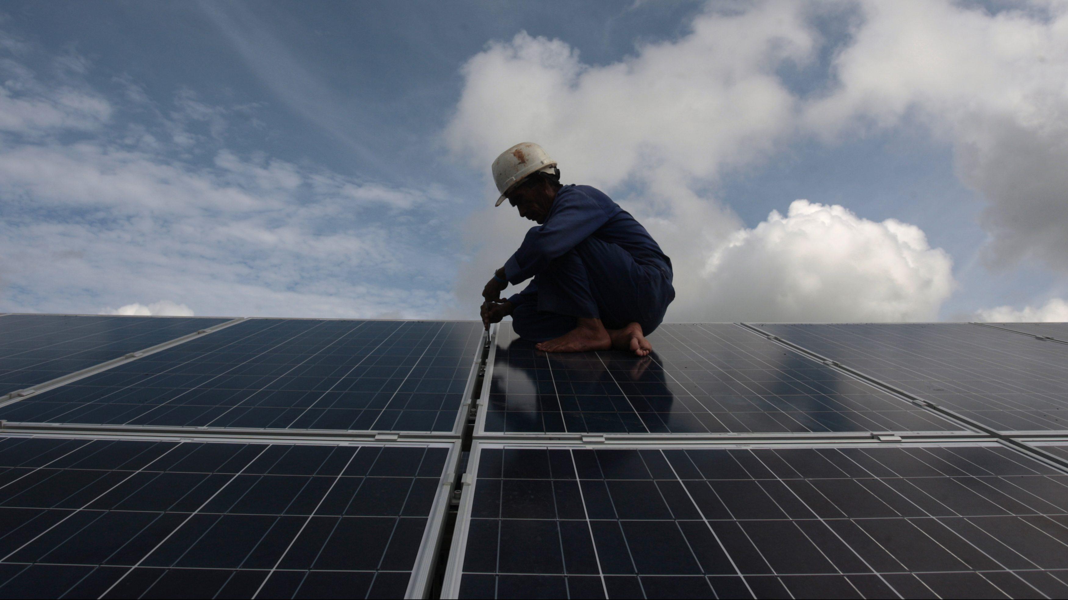 india-solar-wind-jobs-employment-2019