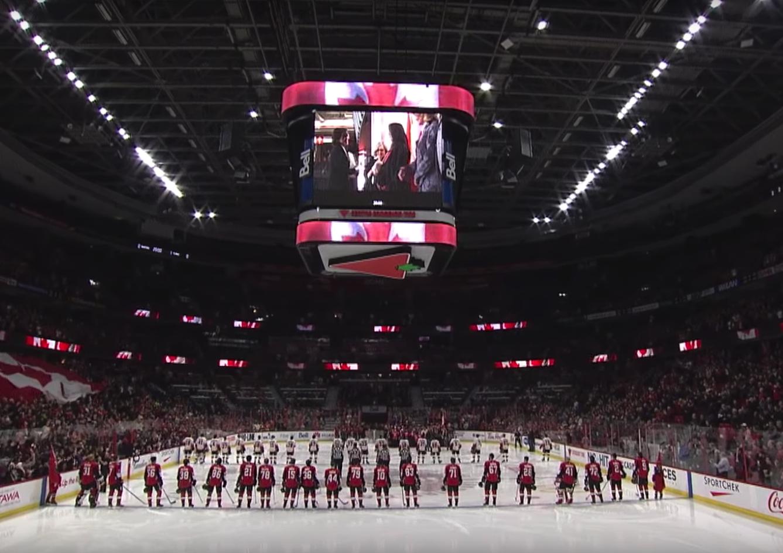 Why Canada holds citizenship ceremonies at NHL games — Quartz