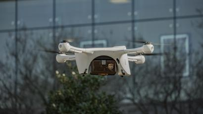 A Matternet drone completing a UPS delivery