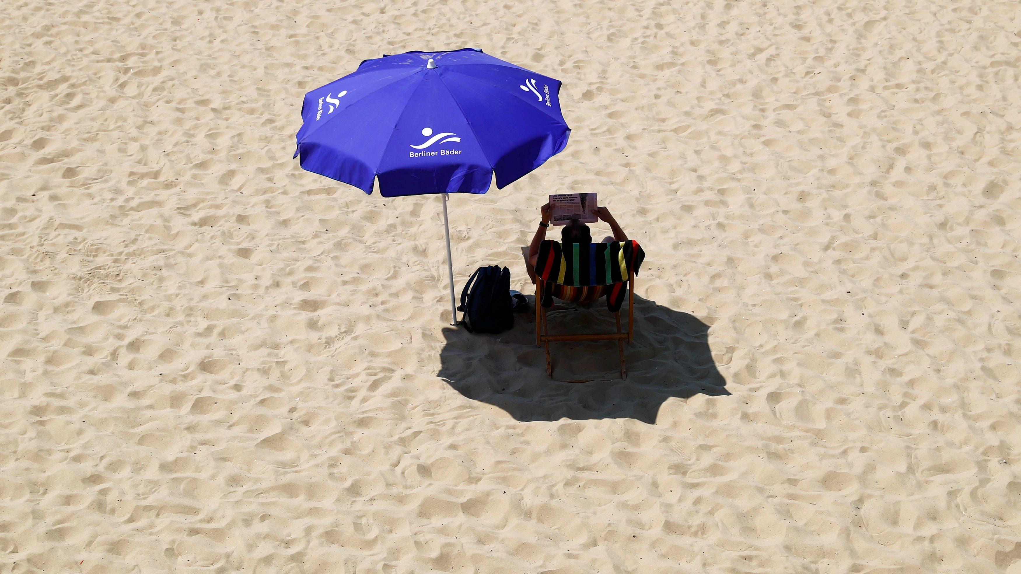 Beach readings