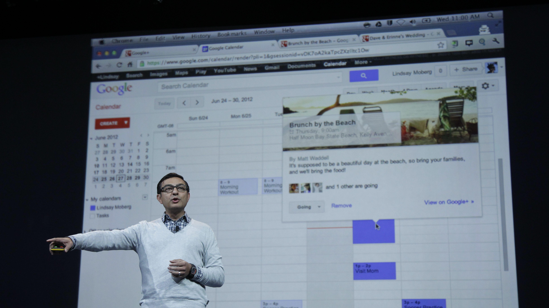 Vic Gundotra showing off Google calendar