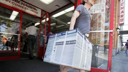 woman buying an air conditioner