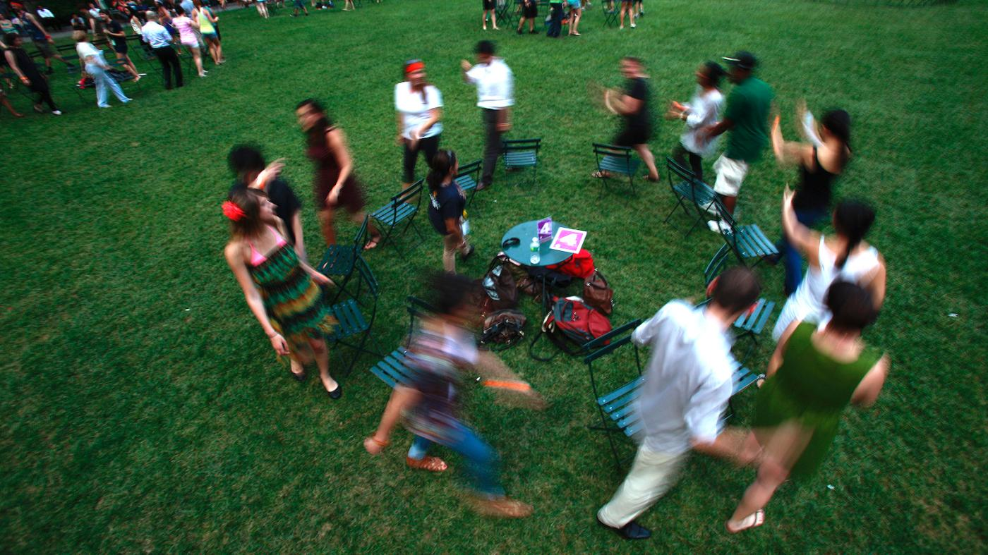 How a game of musical chairs can help explain our broken economy