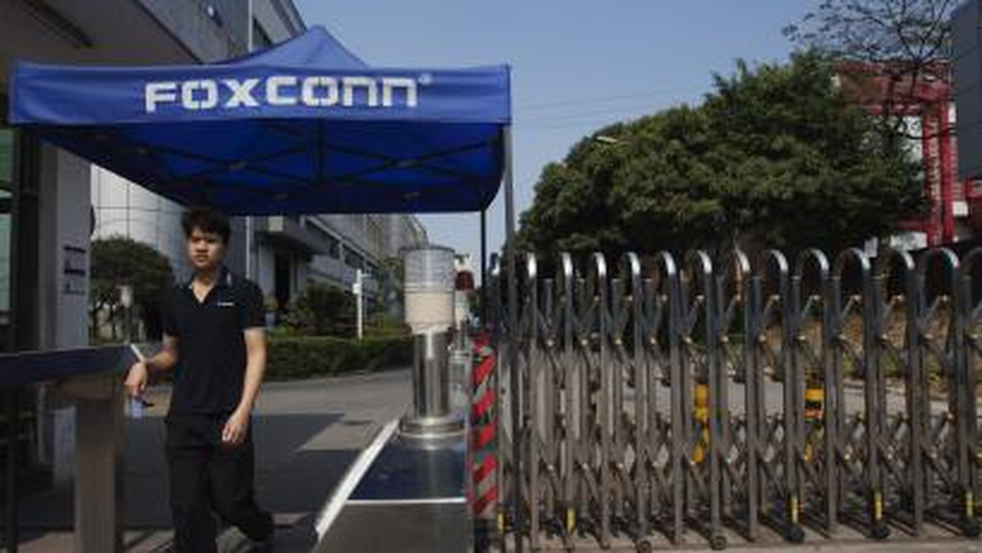 Foxconn-Zhengzhou-China-Apple