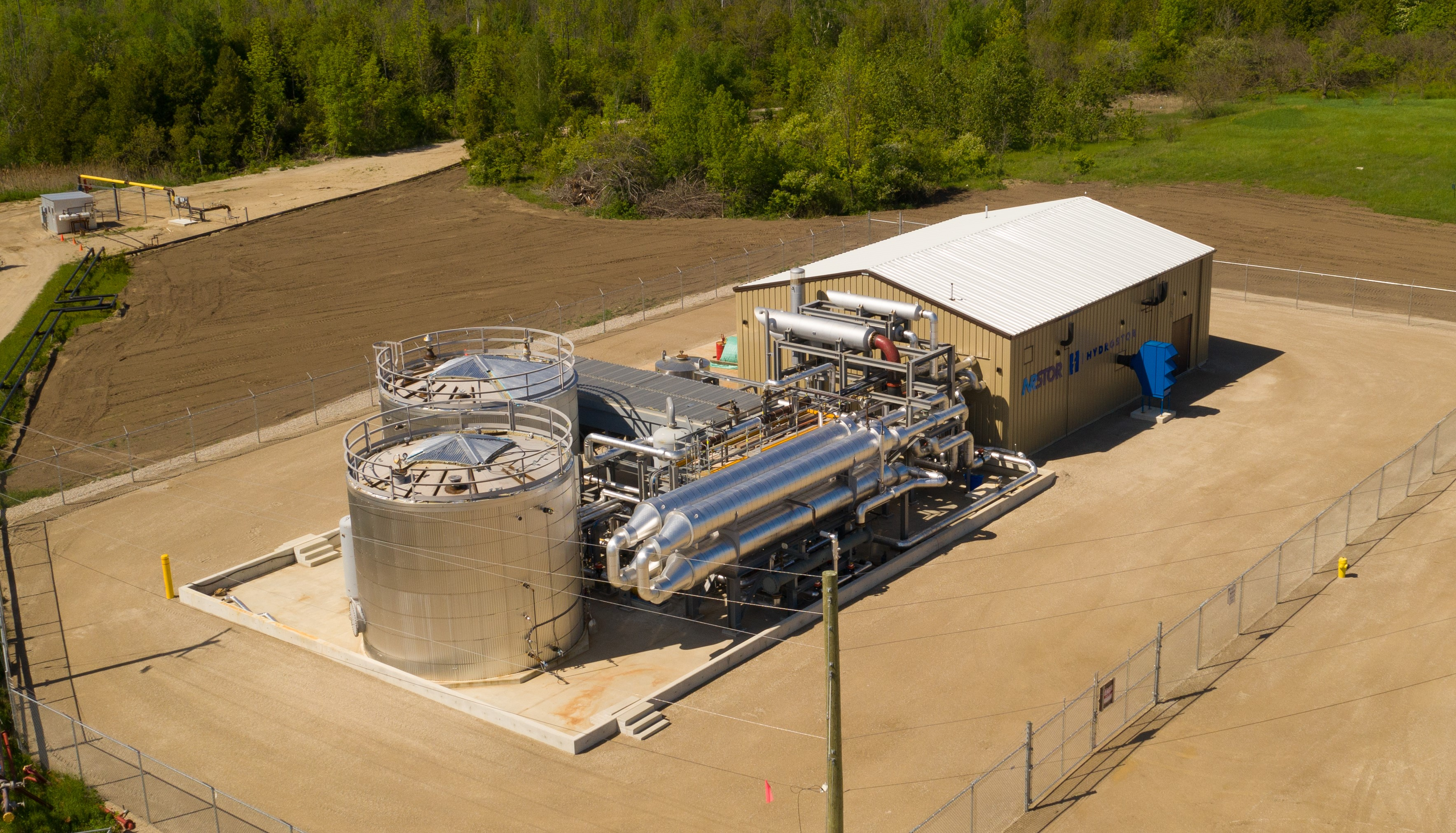 Canadian startup Hydrostor is storing energy in compressed air — Quartz