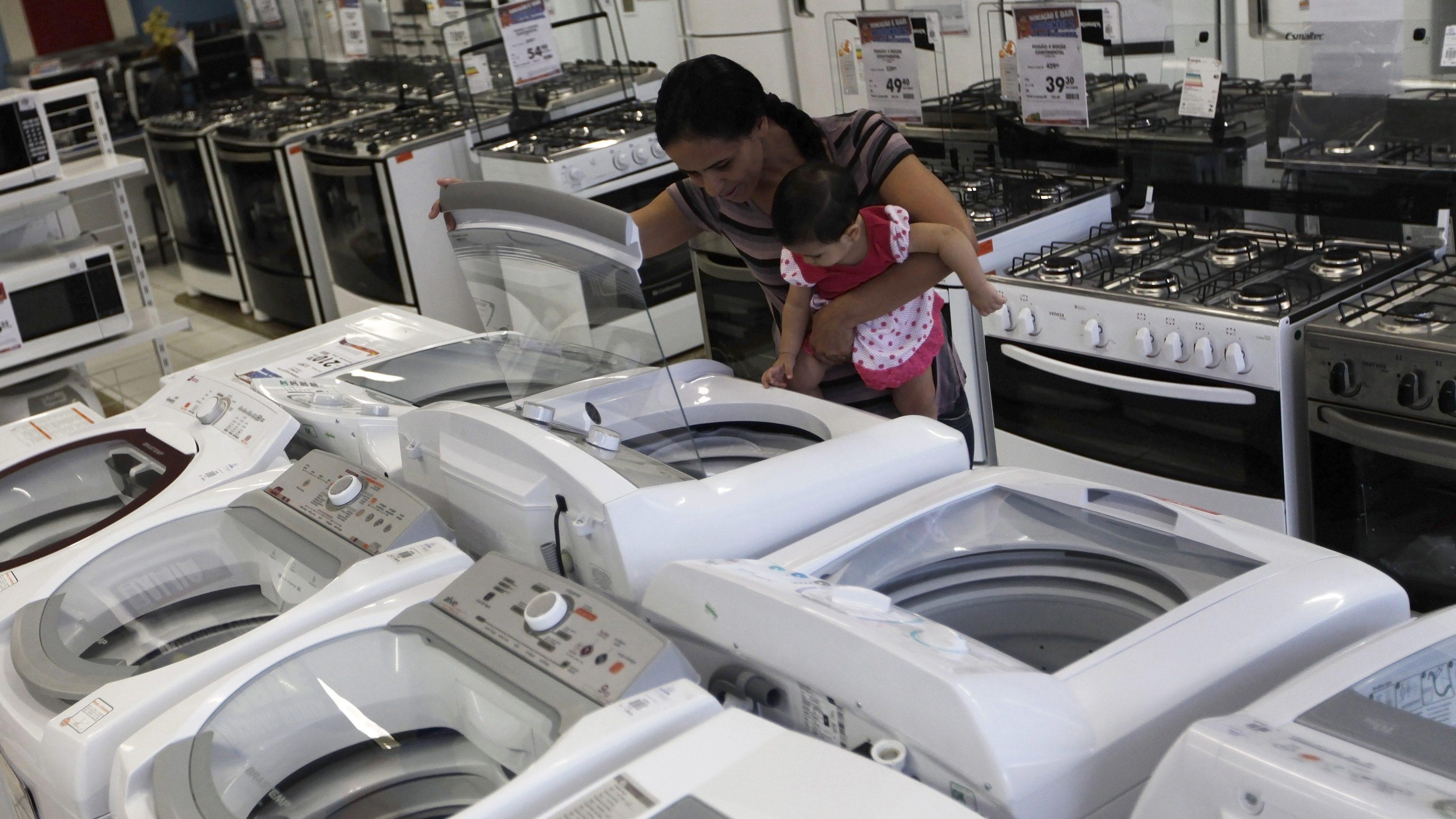 Slowdown aside, Indians excited for Amazon, Flipkart Diwali sales