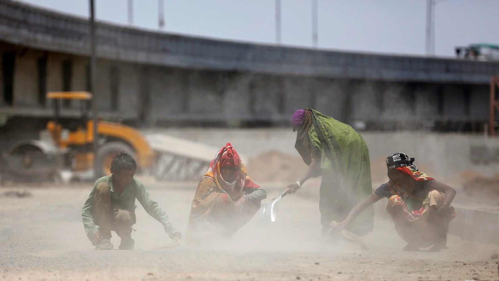 Now Modi's Indian economy's worried about roads, highways also