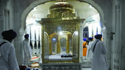 Collection of weapons at the Akal Takhat.