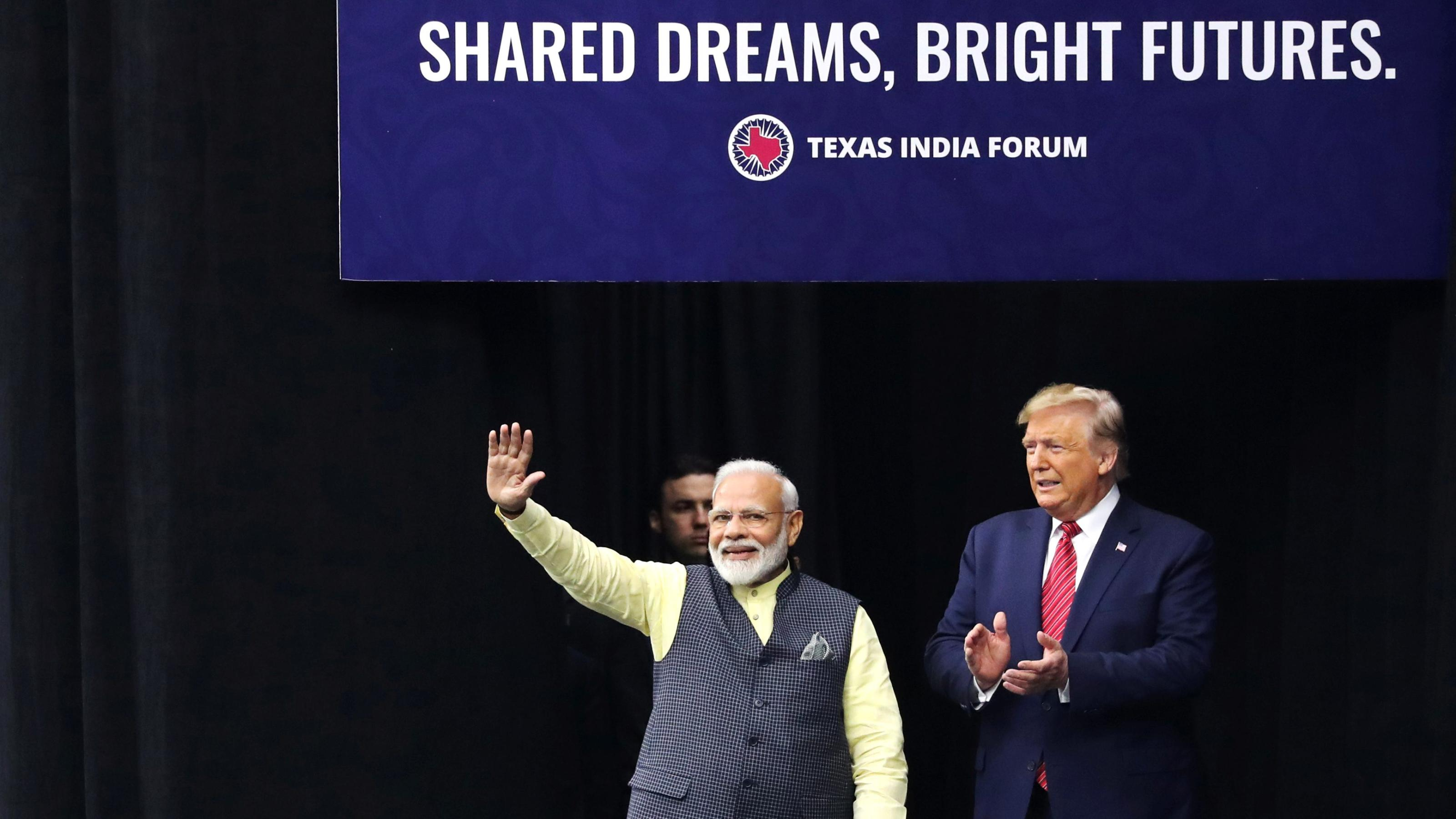 In Howdy, Modi! speech, Modi tells the US all's well with India