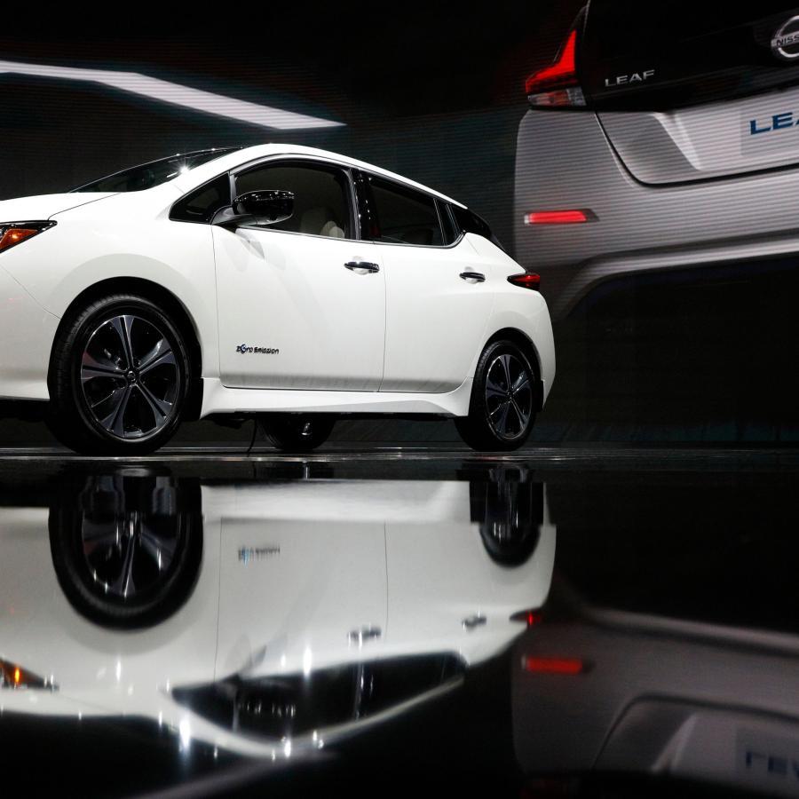 Nissan Luxury Car >> Tesla S Model 3 May Never Catch Up To The Nissan Leaf Quartz