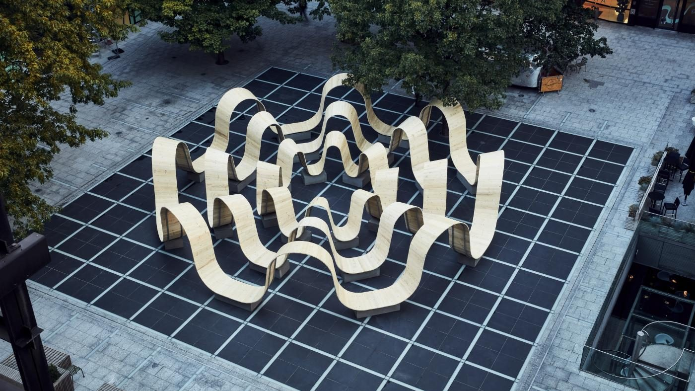 """Please Be Seated,"" a wavy bench in London, designed by Paul Cocksedge"