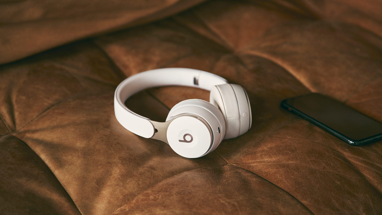 Beats Solo Pro Are Basically Apple Headphones Quartz