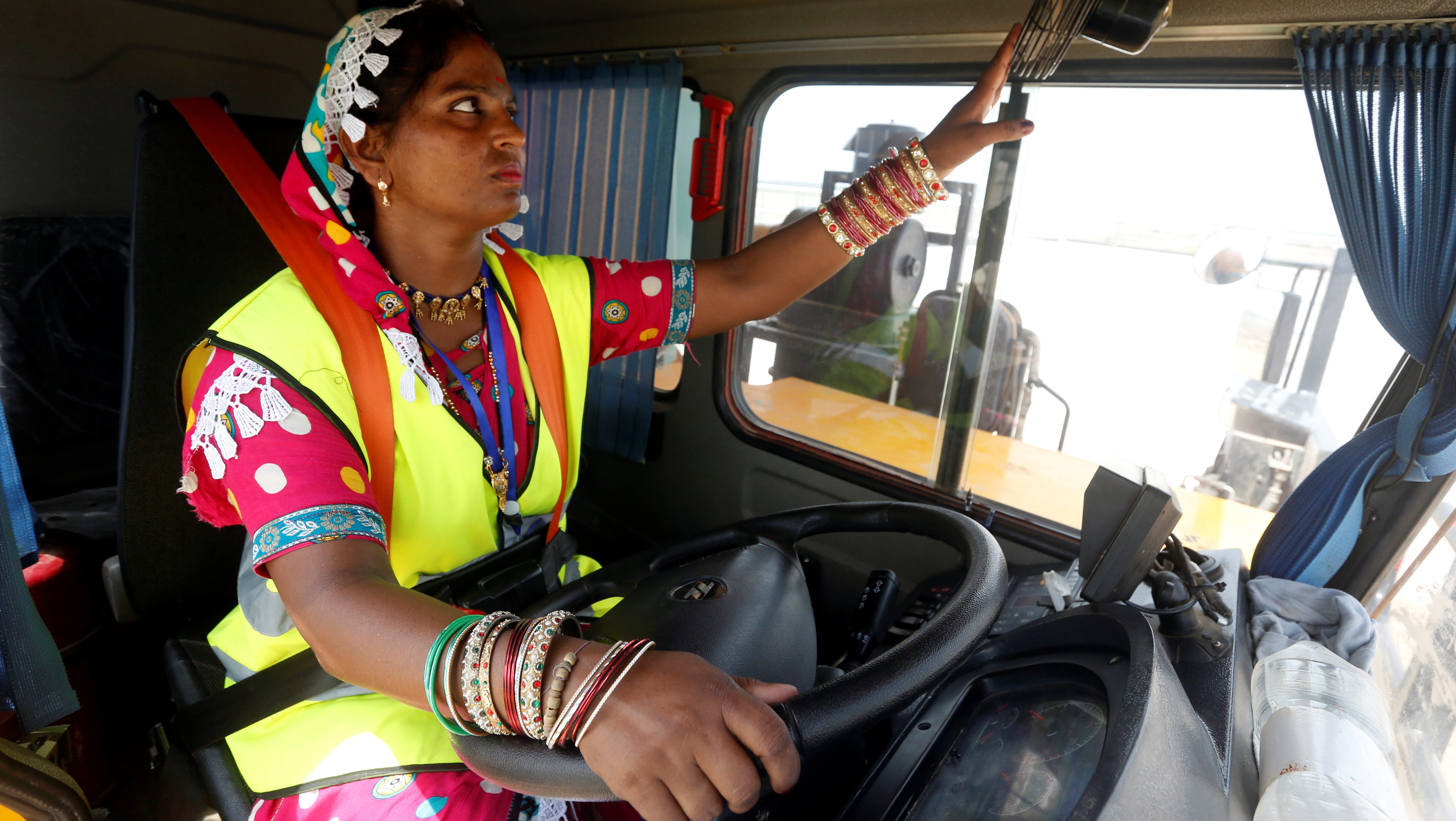 Sexism, safety key concerns of Indian female drivers, mechanics