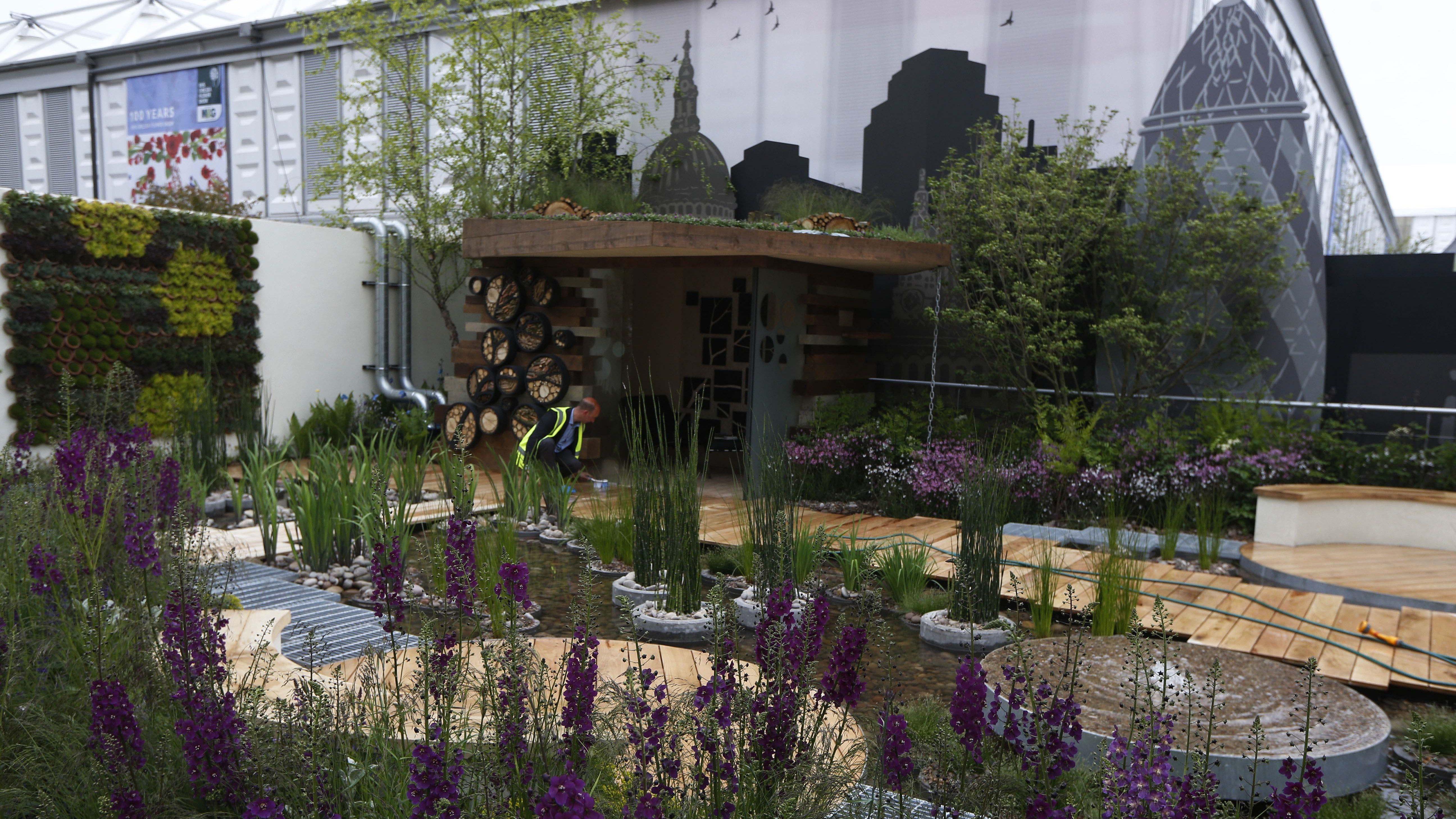 Roof water garden