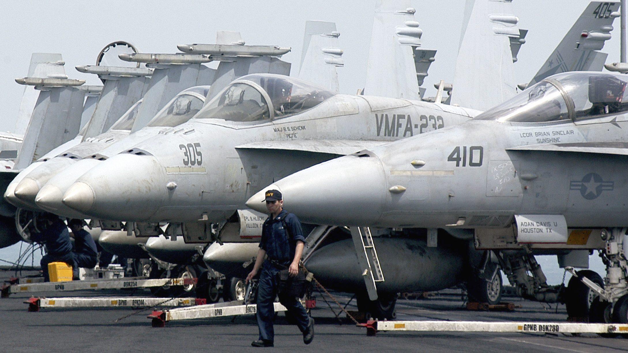 A frota de Super Hornet da Marinha dos EUA ficou fragilizada.