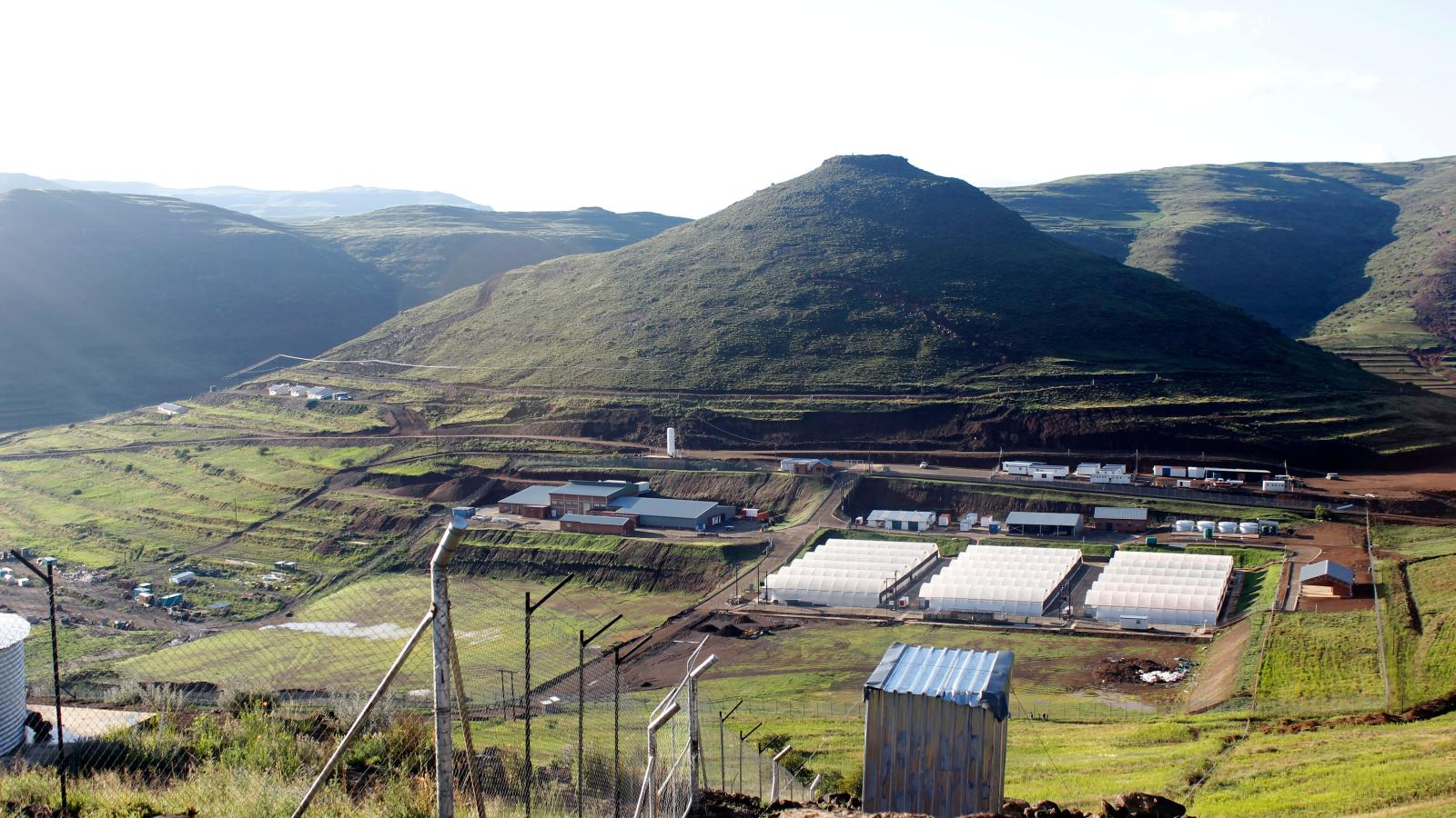 Lesotho is perfect growing cannabis but not regulation — Quartz Africa