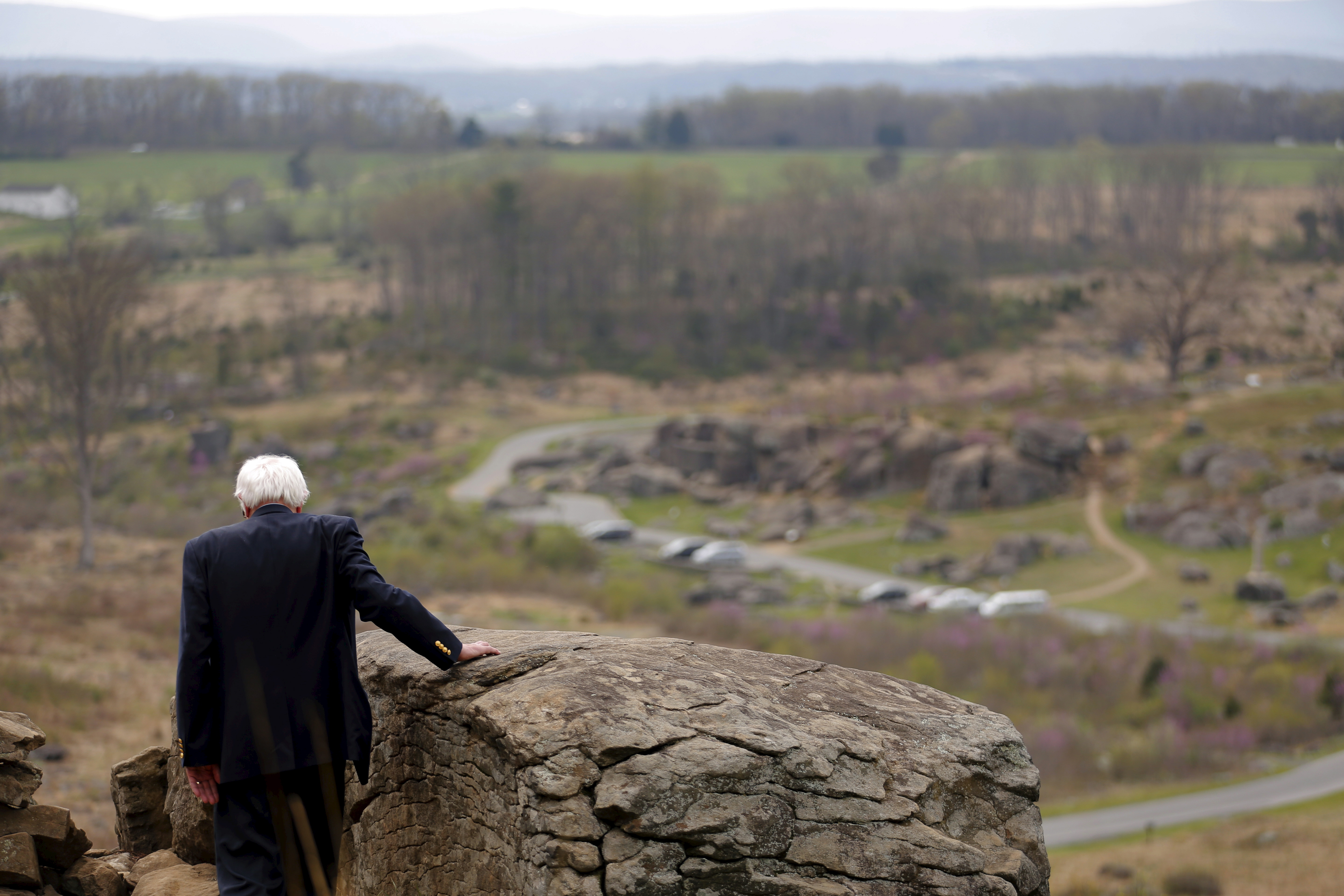 Bernie Sanders visits the Gettysburg National Military Park