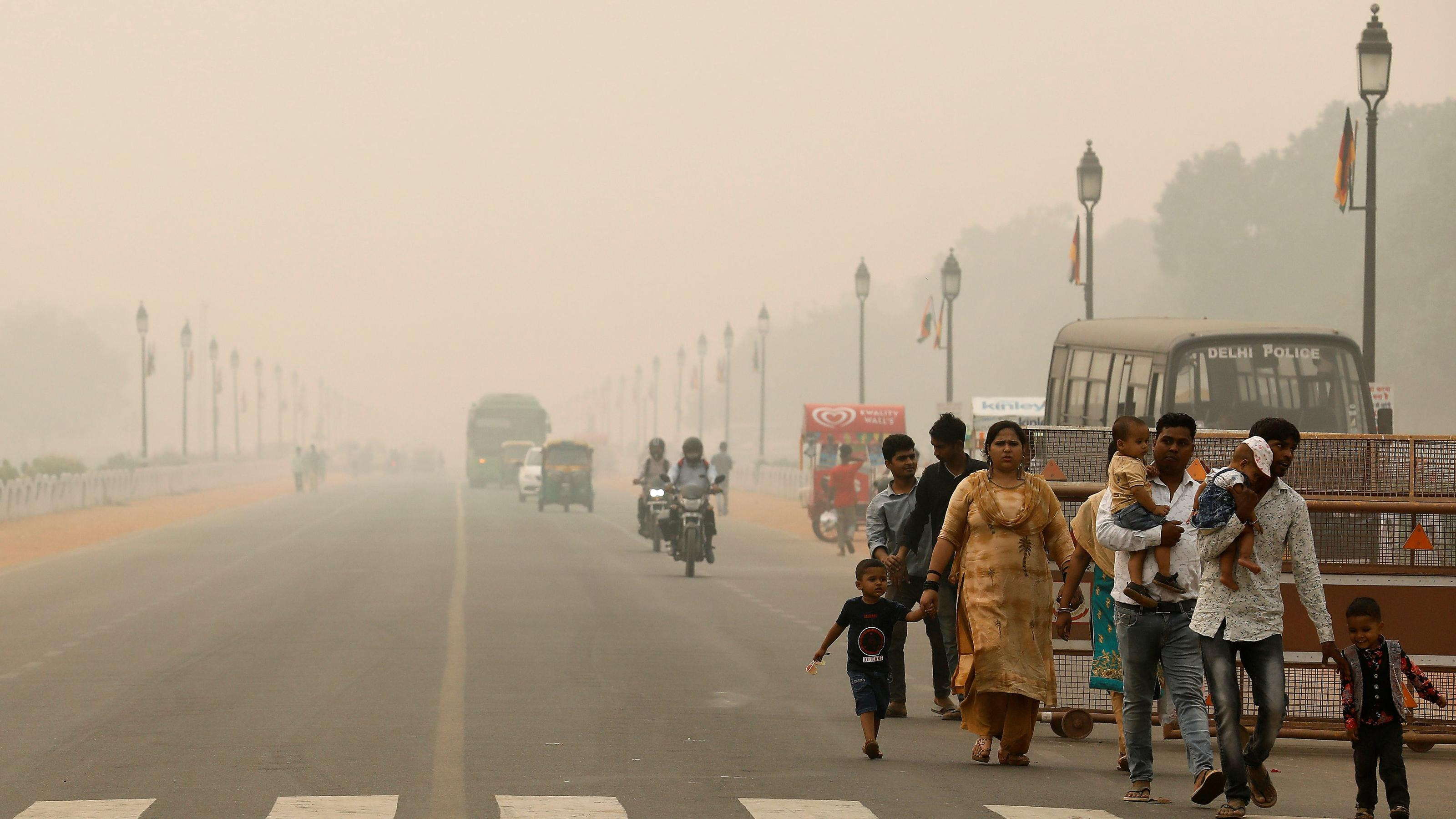 Delhi smog makes people look for cities with better air quality