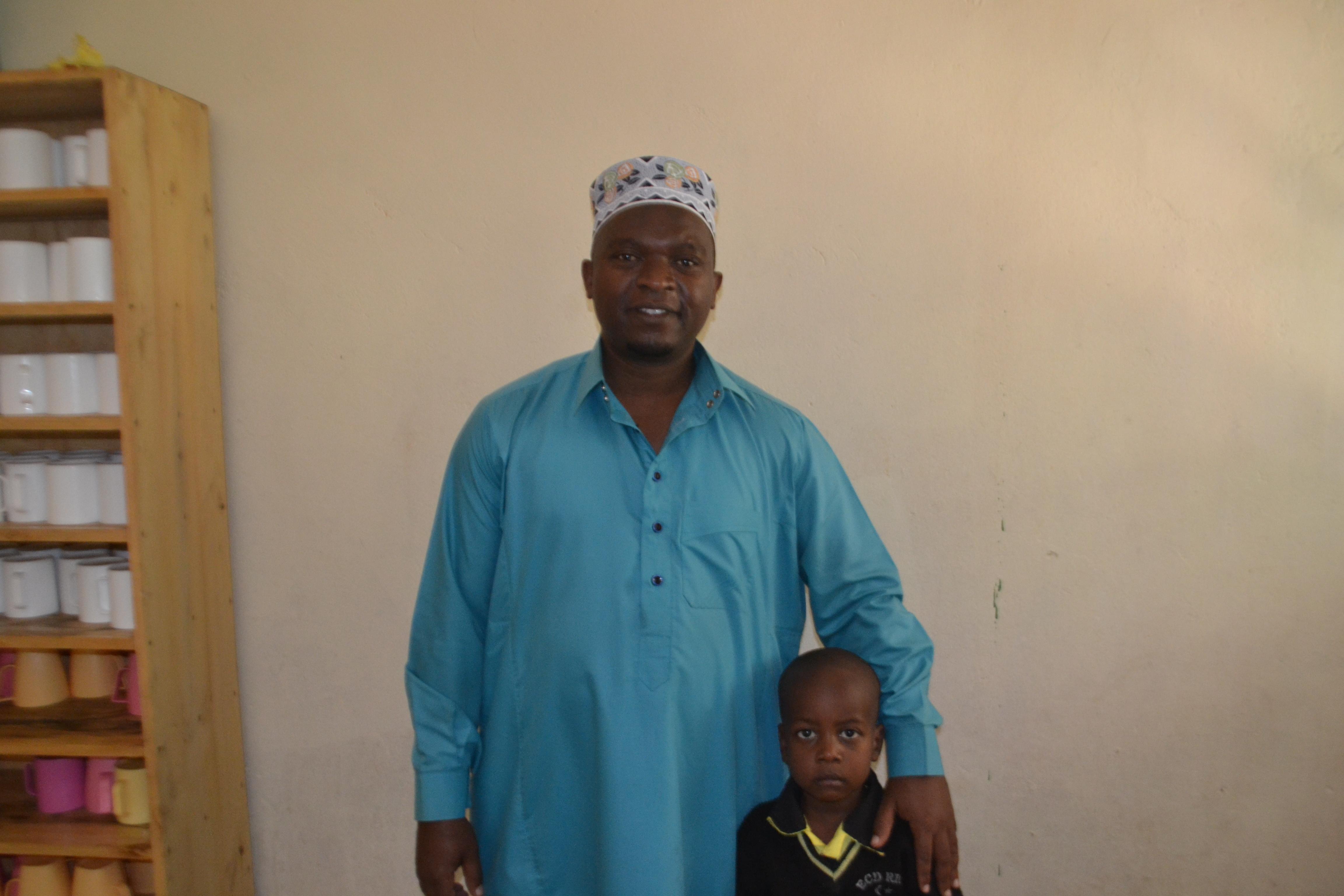 Sheikh Saidi with a Madjengo student.