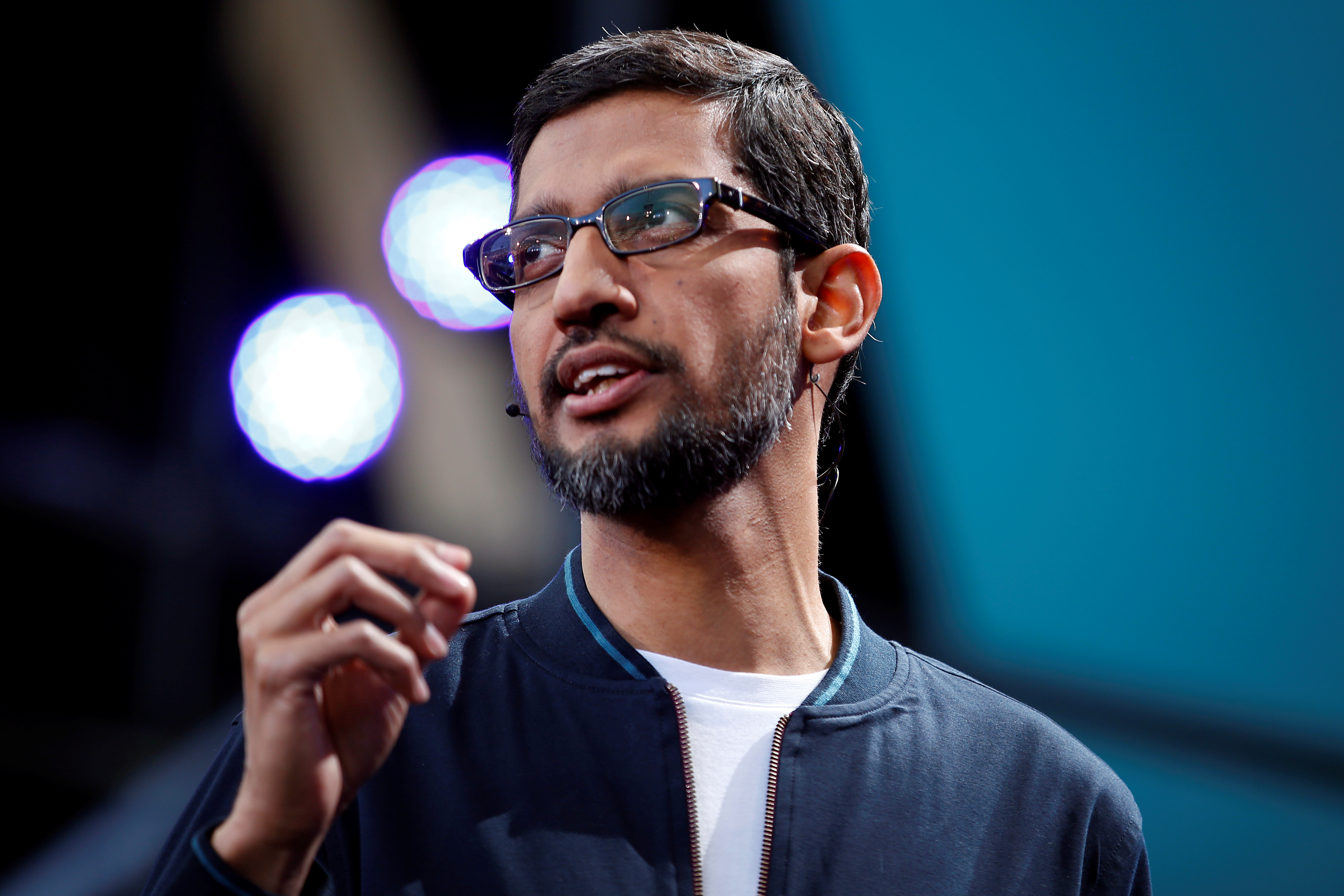 Google CEO Sundar Pichai delivers his keynote address during the Google I/O 2016 developers conference in Mountain View, California, U.S. May 18, 2016. REUTERS/Stephen Lam - D1AETEUJIIAA
