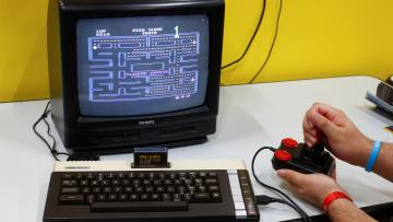 Pac-Man played on a historic Commodore 64 computer.