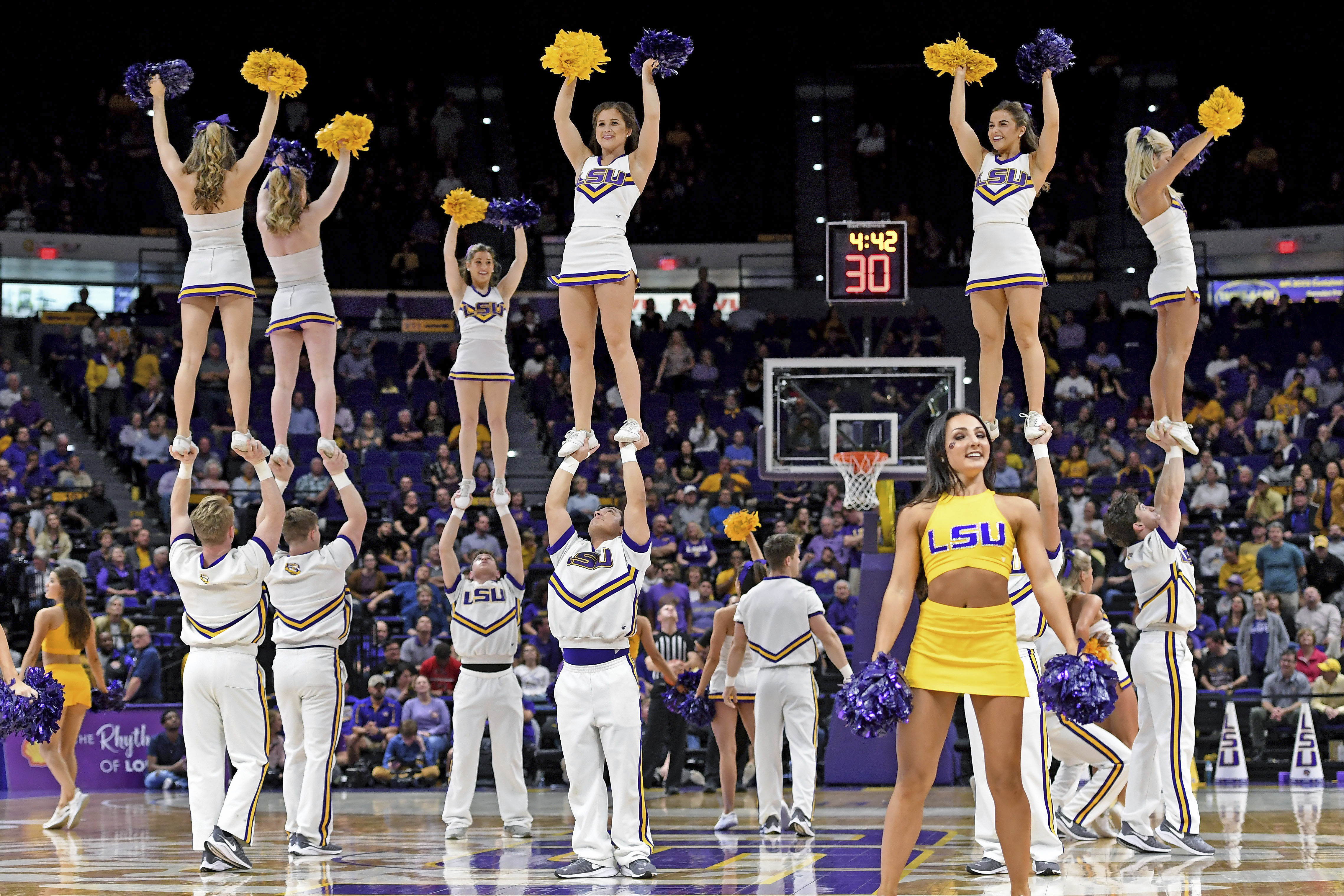 Cheerleading — Quartz Daily Obsession
