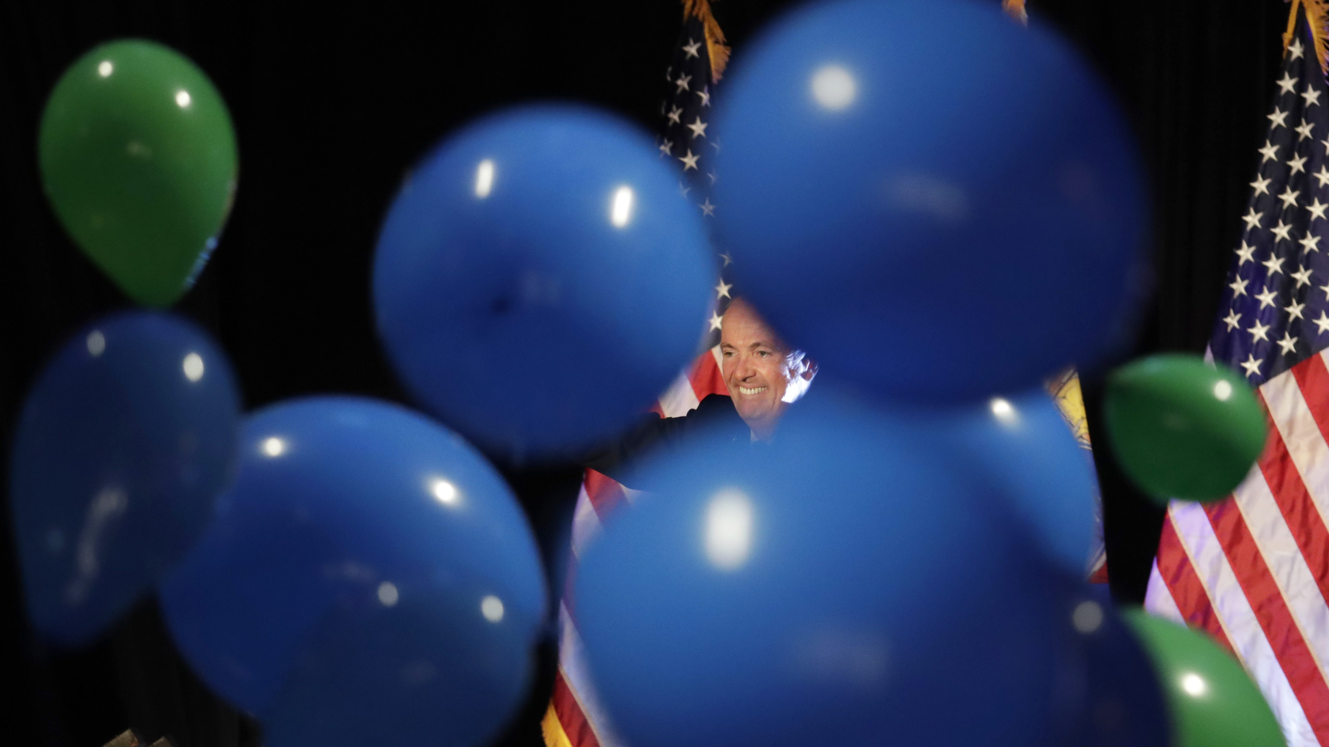 Baloons and the US flag,