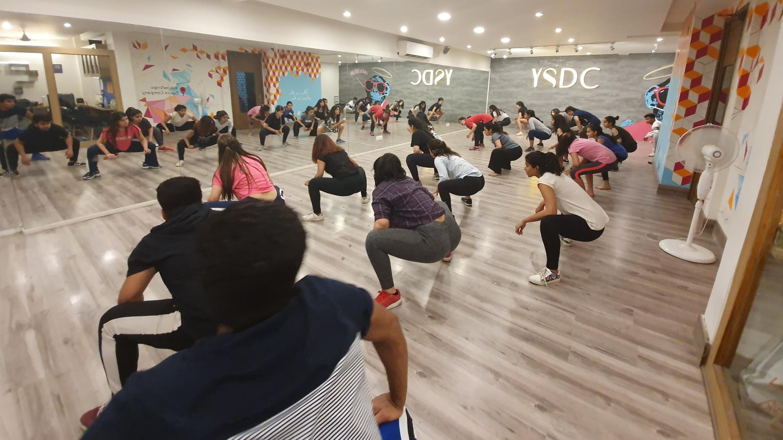India S Gyms Dance Studios Face Losses Amid Coronavirus Lockdown Quartz India