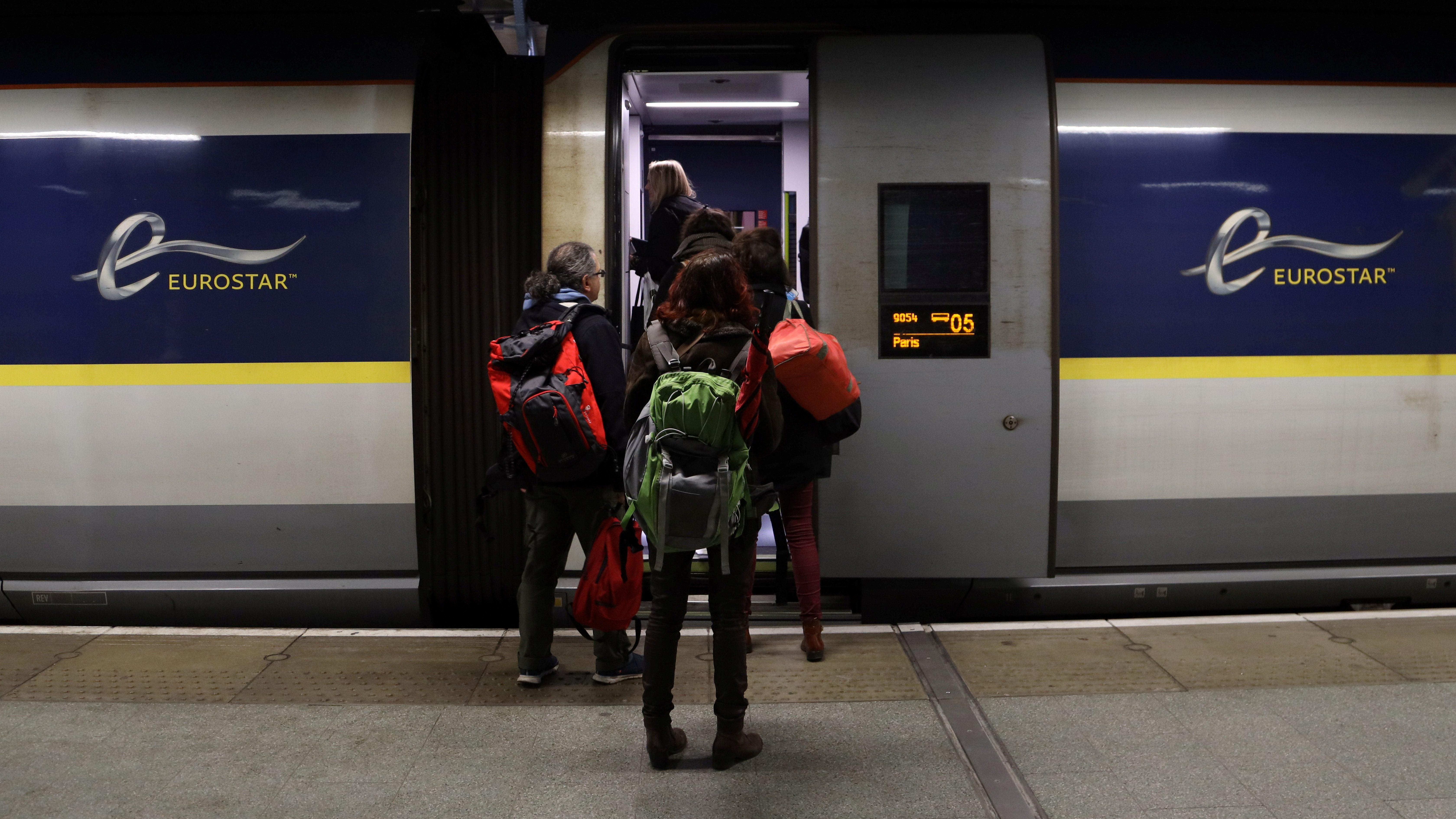 People board a Eurostar train