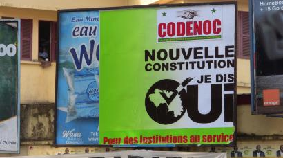 A referendum campaign poster supporting the reform of the constitution