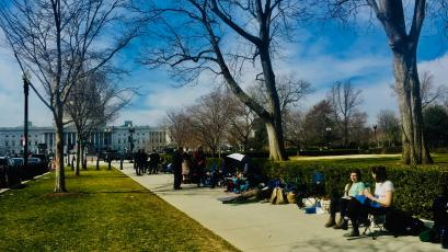 Line for abortion hearing at SCOTUS.