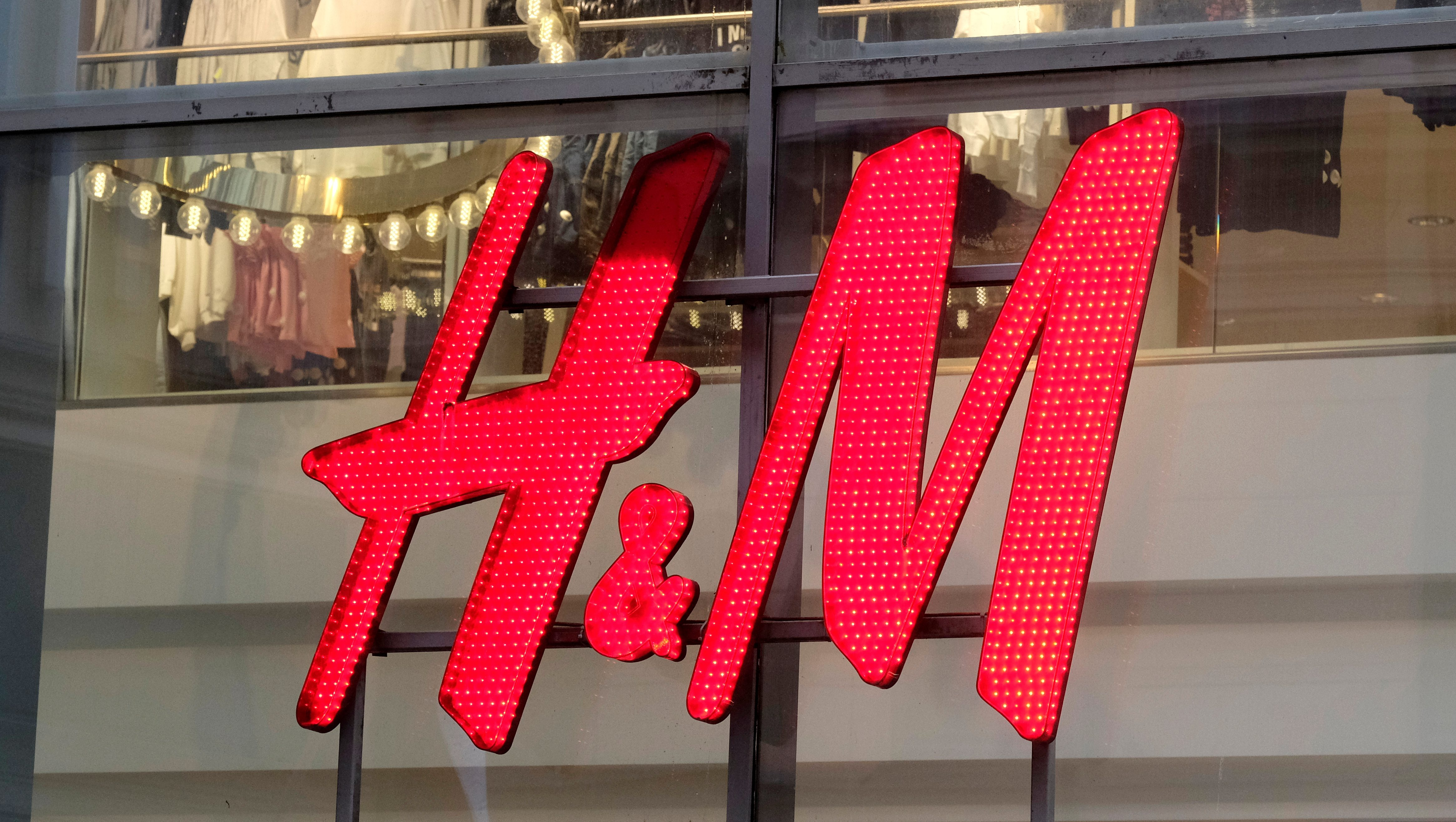 H&M's latest statement on Xinjiang cotton is very careful not to mention Xinjiang
