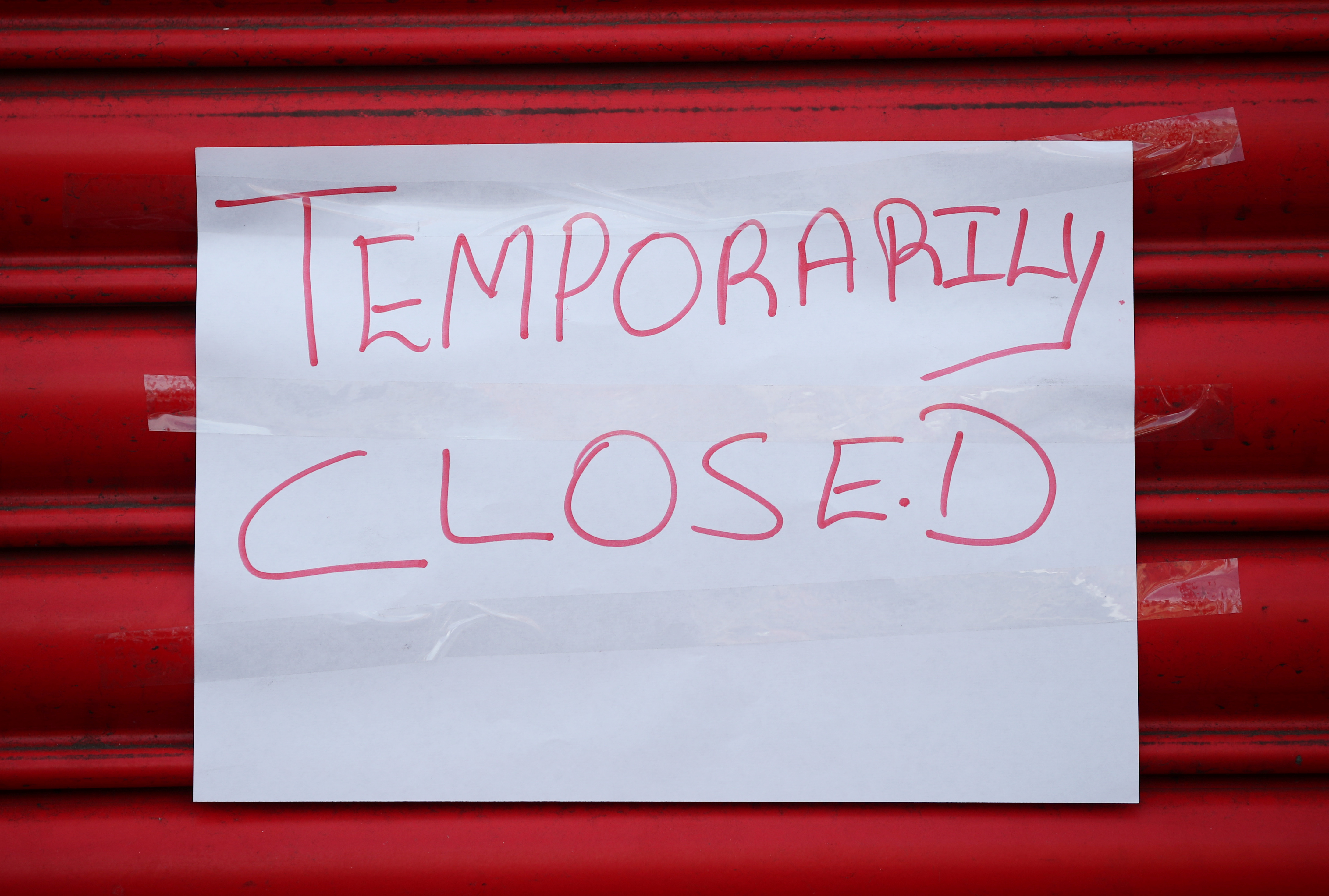 A sign saying 'Temporarily closed.'