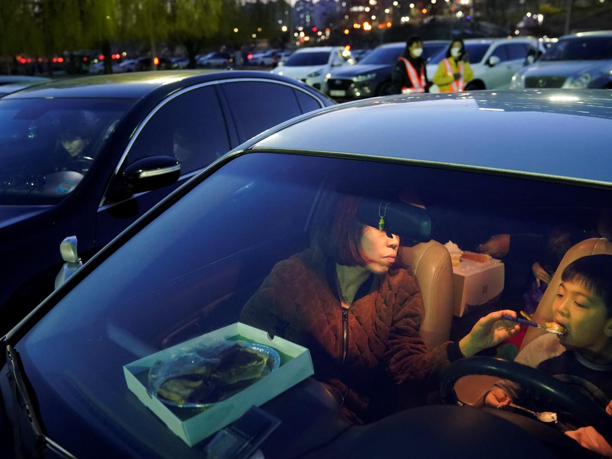 Drive In Movies Are Proving Popular In A Pandemic Like 70 Years Ago Quartz