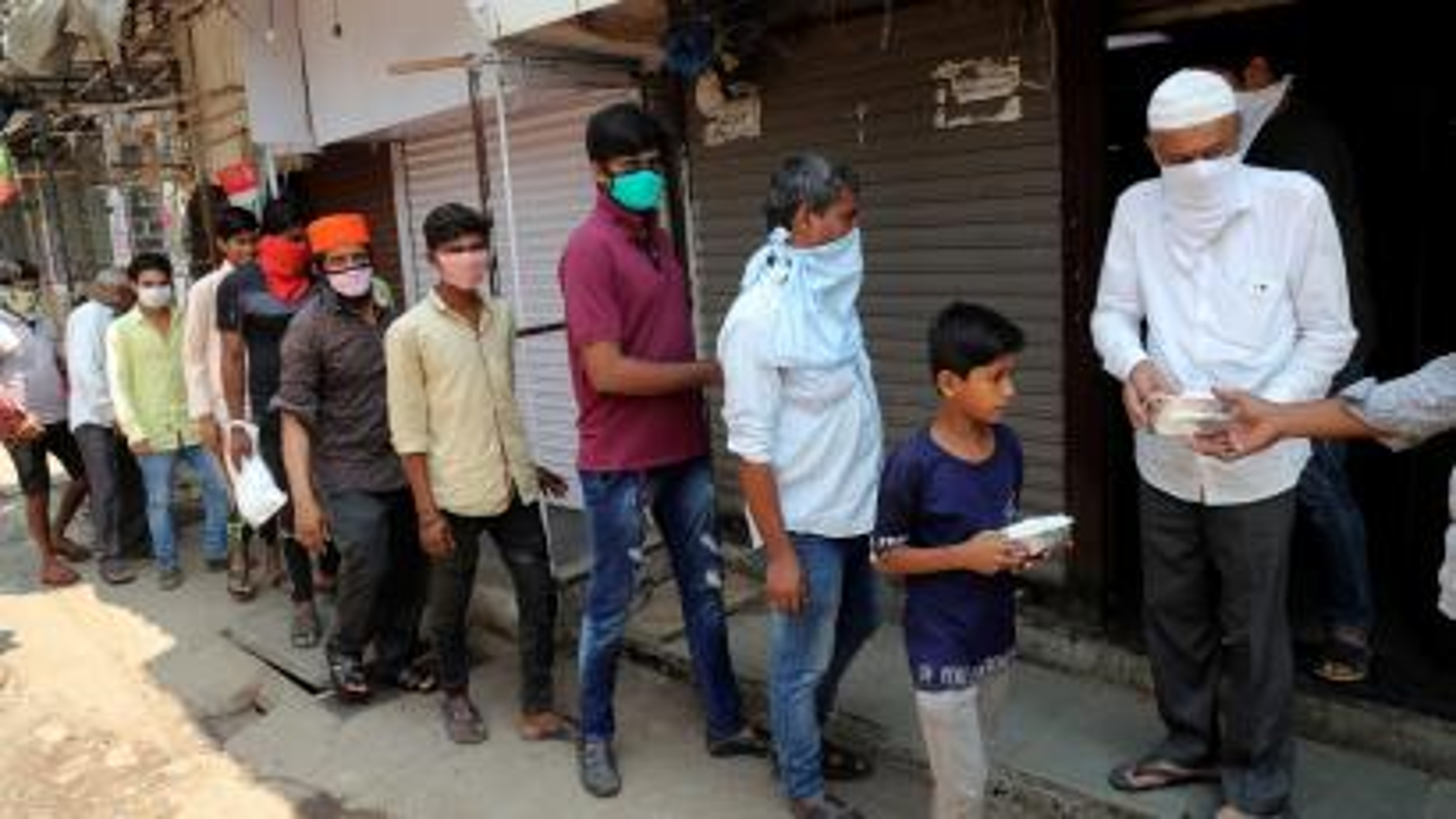Indian migrants are battling hunger during coronavirus lockdown.