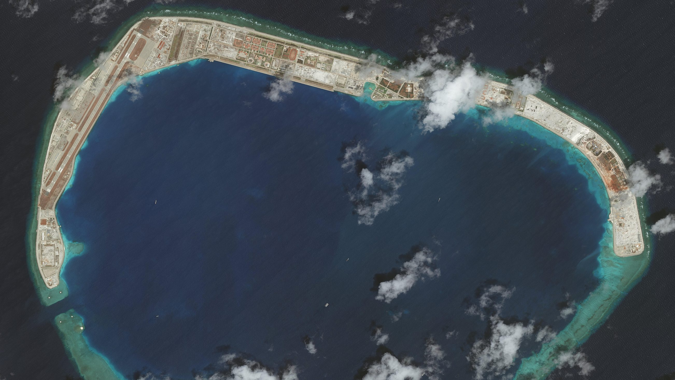 South China Sea, Mischief Reef