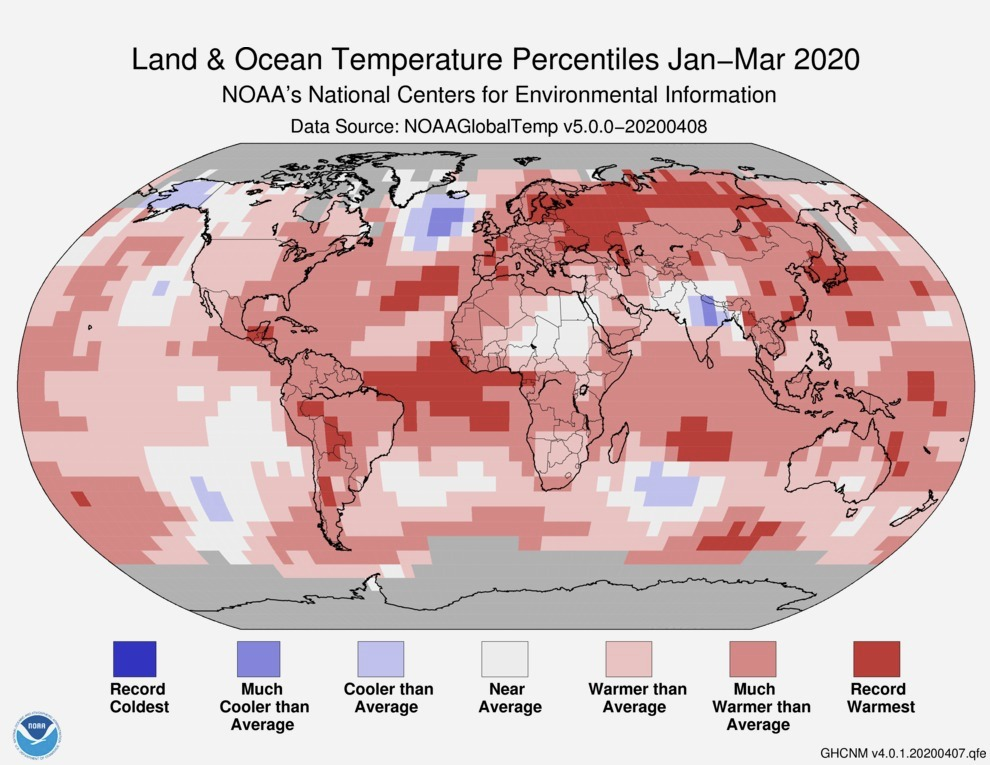 Land and ocean temperature percentiles from January to March 2020
