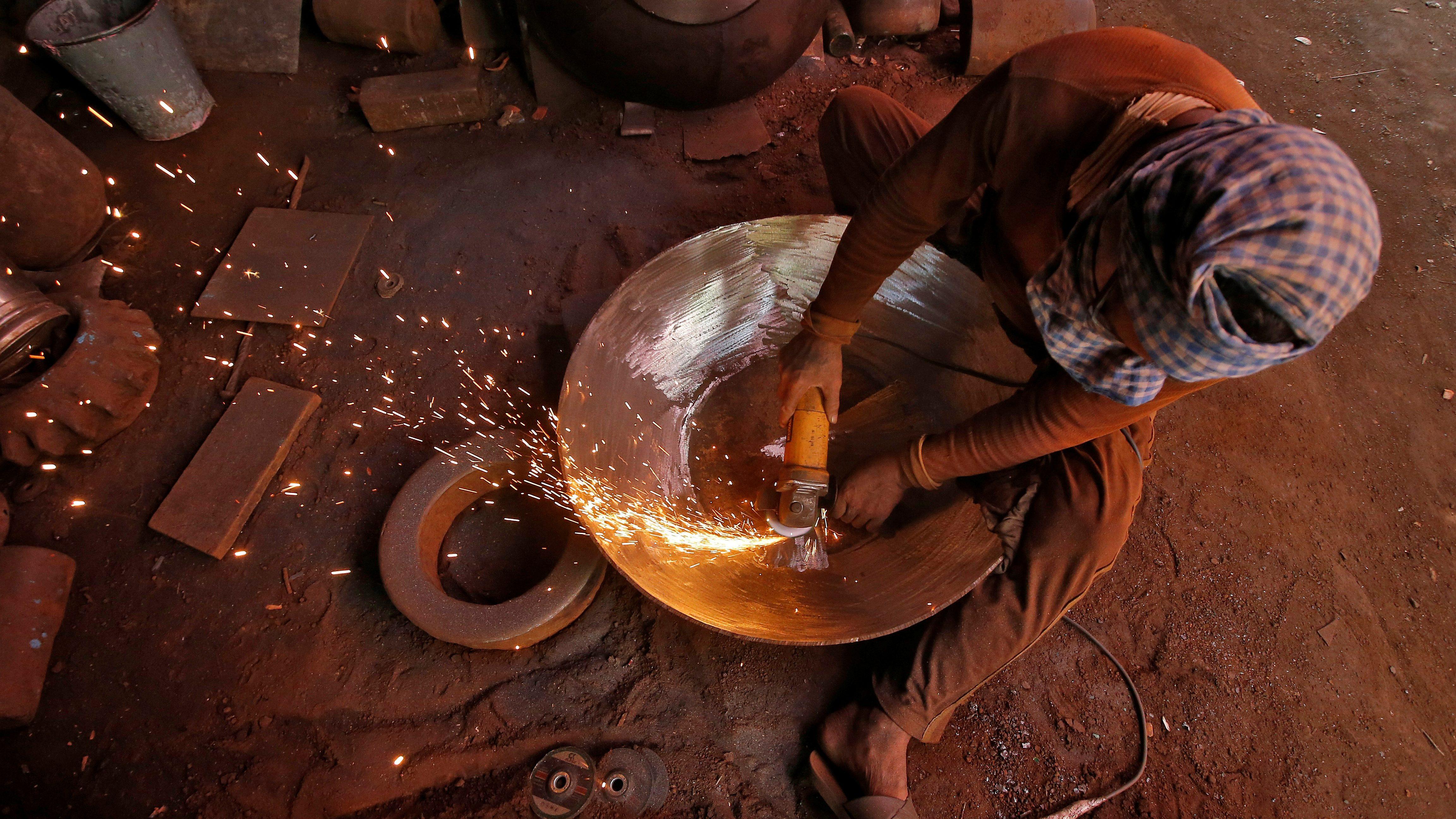 Manufacturing-Services-Slowdown