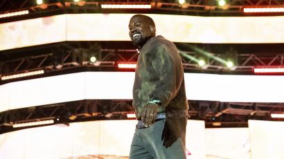 Kanye West performs on stage at Coachella 2019
