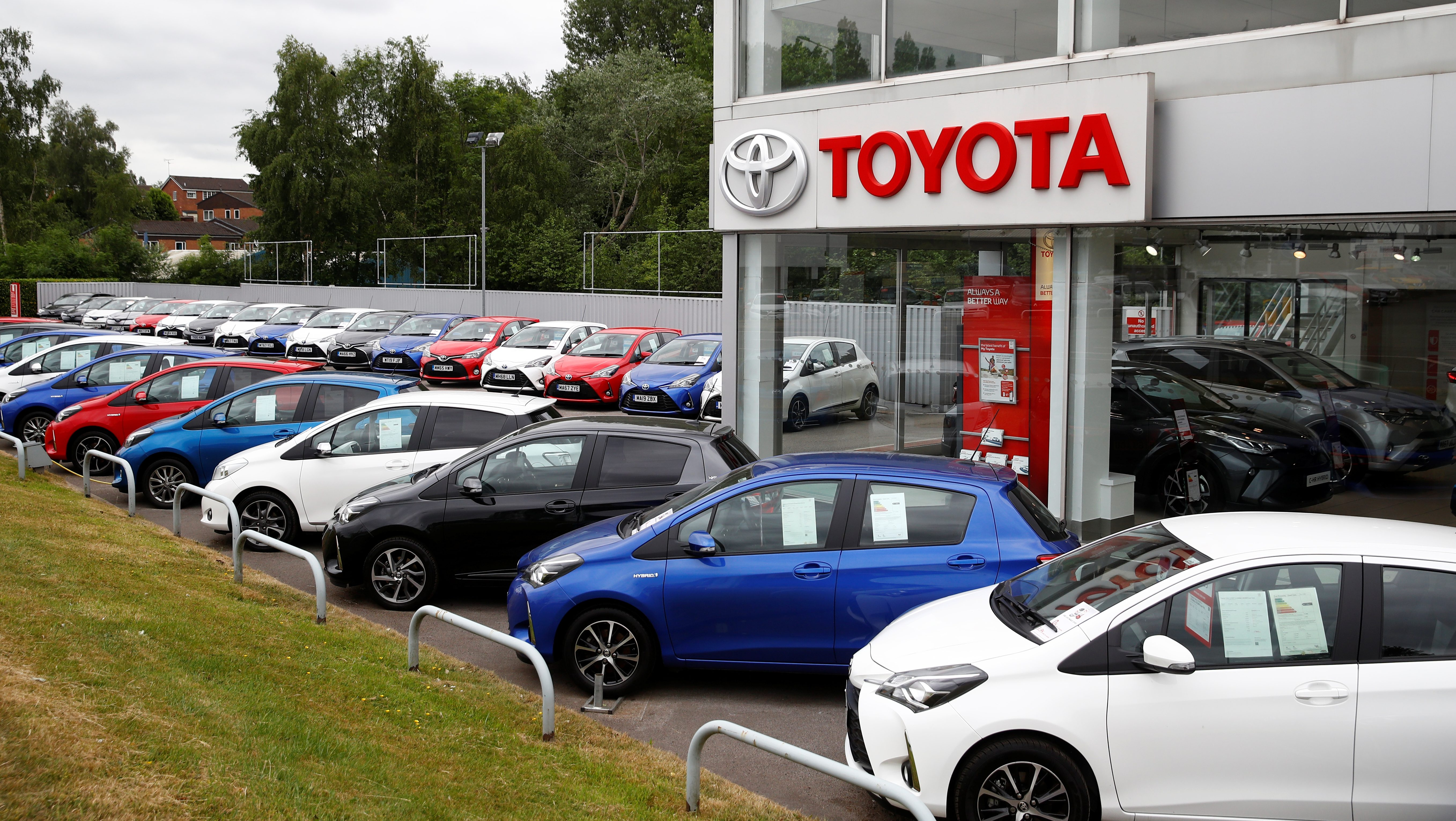 📬 Daily Brief: Evictions halted, Toyota's hot streak, happy city mice