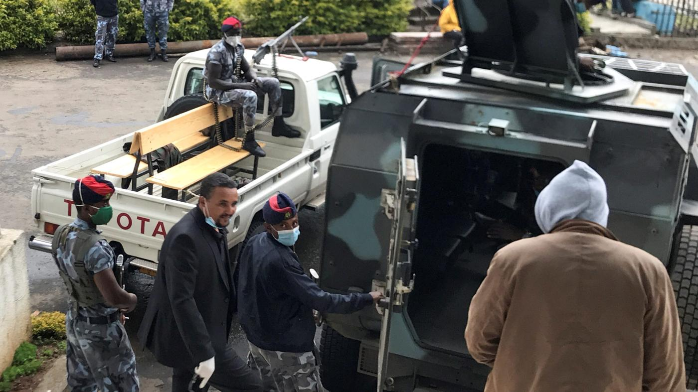 Ethiopia has started clamping down on independent media again as tensions rise