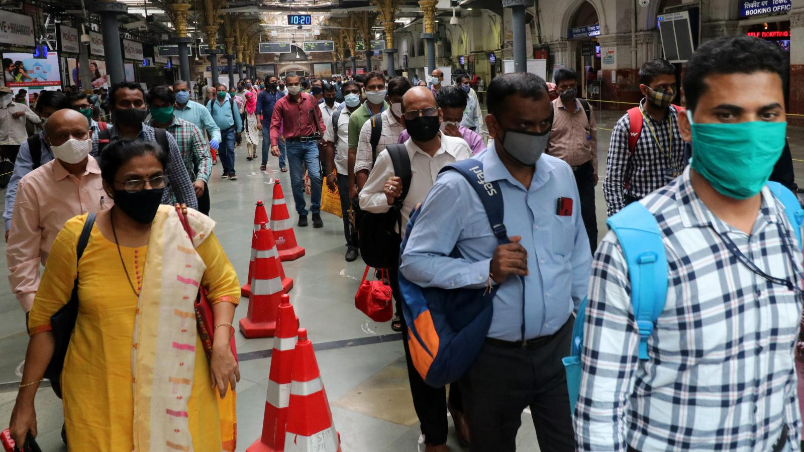 Indians support high penalties for not wearing coronavirus masks — Quartz  India