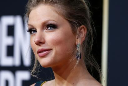 A close-up of the musician Taylor Swift.