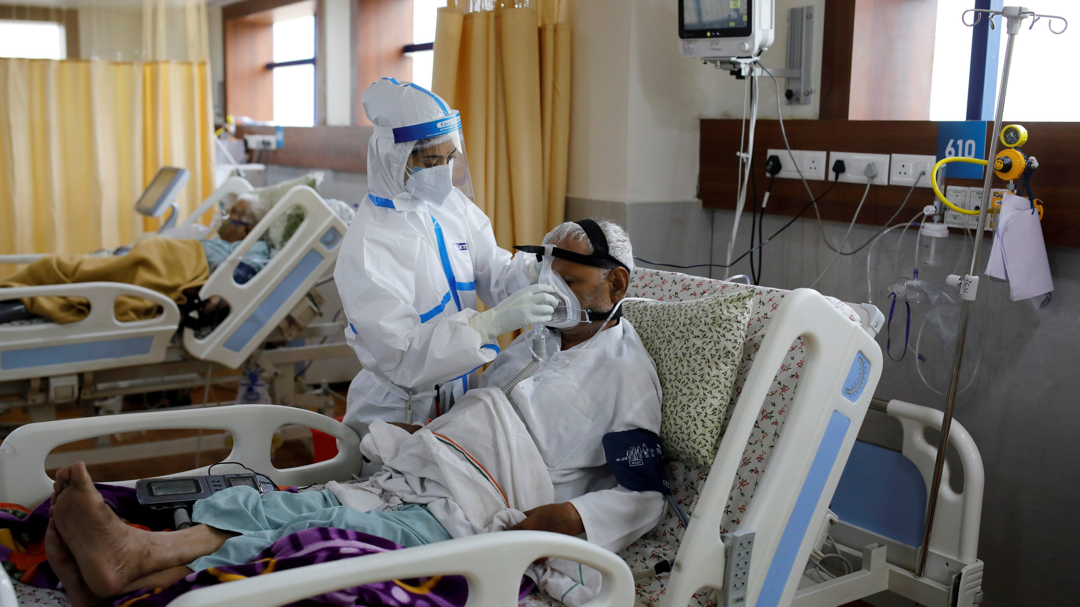 Indians say they needed clout to get Covid-19 ICU beds — Quartz India
