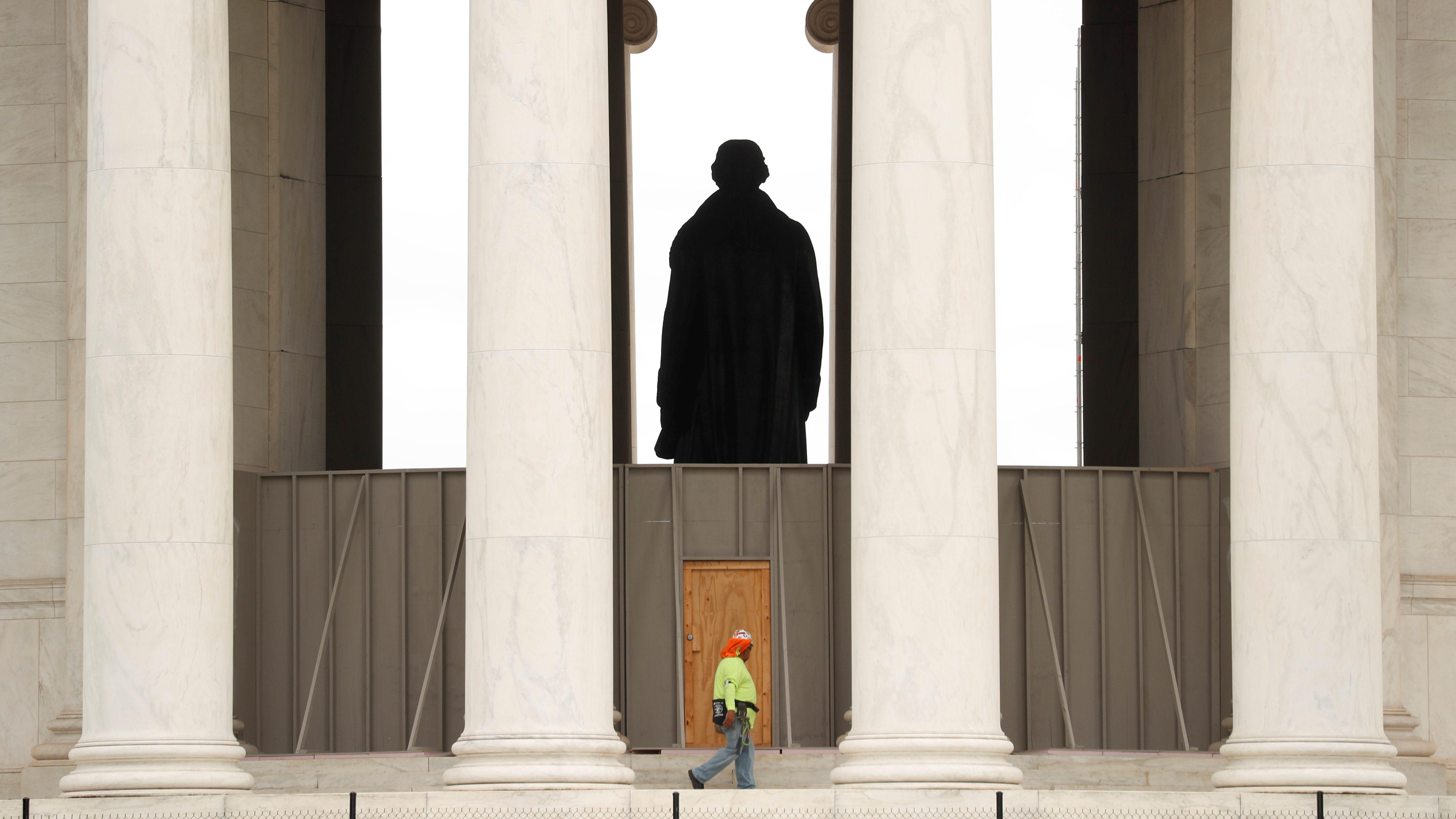 the Thomas Jefferson memorial in DC