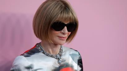 Anna Wintour wearing sunglasses