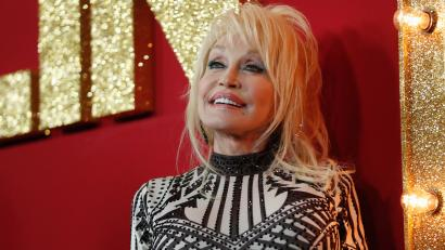 photo of Dolly Parton at movie premiere for Dumplin'