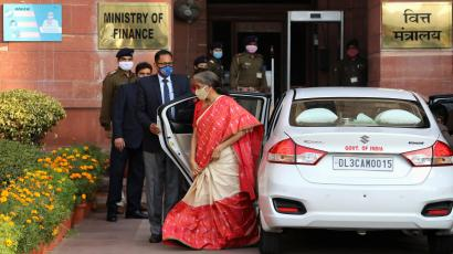 India's Finance Minister Nirmala Sitharaman arrives at the finance ministry before she leaves to present the federal budget in the parliament in New Delhi